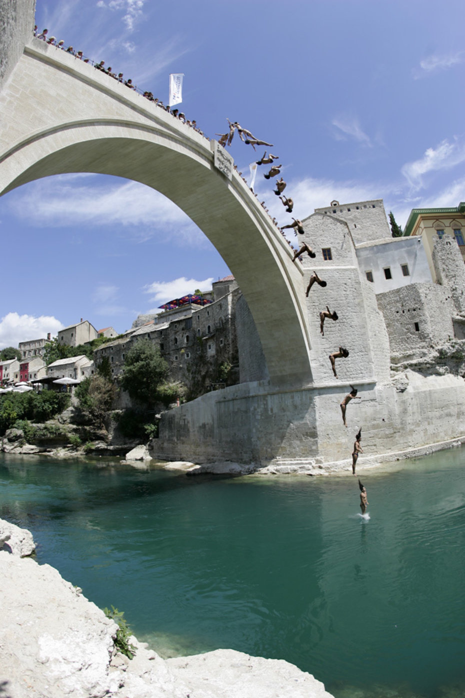 "Orlando Duque - jumping Bridge ""STARI MOST"" in Mostar, Bosnia Photo copyright AlexSchelbert.de"